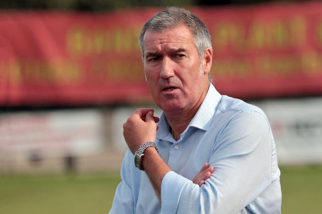 Banbury United manager Mike Ford Picture: Ric Mellis