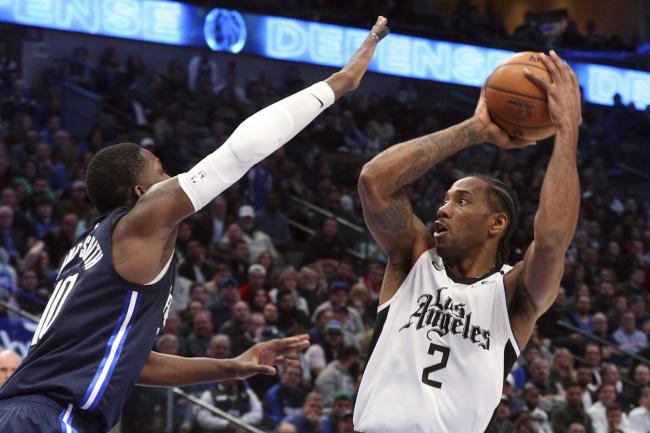 Kawhi Leonard Leads Los Angeles Clippers To Victory At