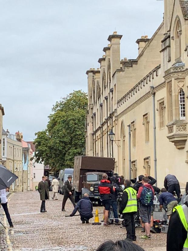 Banbury Cake: Pictures of crews filming Endeavour in Oxford City Centre and Osney Island, West Oxford