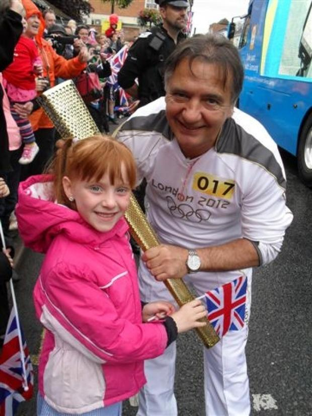 Leila Nicholson with Raymond Blanc in Wallingford at the Olympic Torch Relay