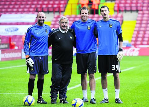 Banbury Cake: Alan Hodgkinson (second left) with Oxford United's goalkeepers (from left) Wayne Brown, Ryan Clarke and Max Crocombe