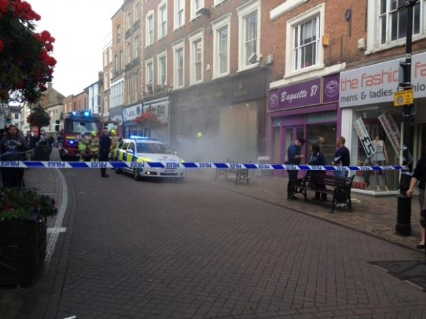 Police cordon off Banbury High Street