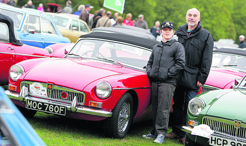 Thousands roll up to celebrate iconic car