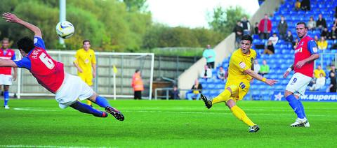 Jake Forster-Caskey tries his luck