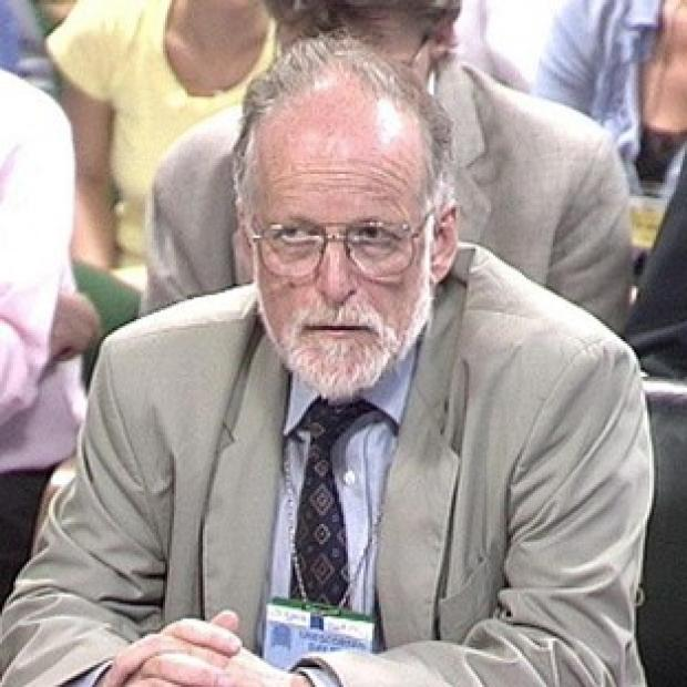 The inquest into the death of Dr David Kelly should be resumed, a group of doctors said