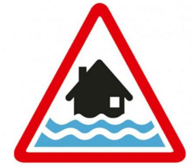 Banbury Cake: Update: Flood warning issued for Witney