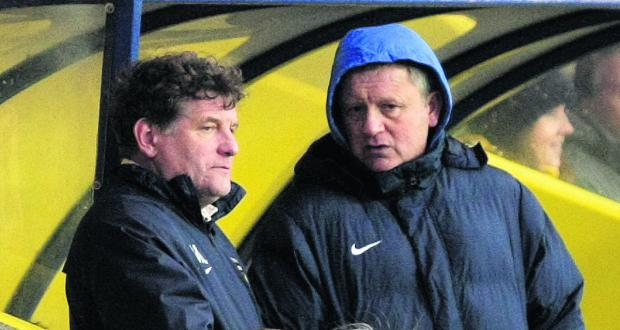 Banbury Cake: Mickey Lewis and Chris Wilder discuss tactics on Saturday