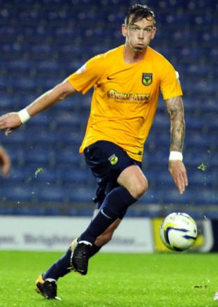 Michael Raynes is still not ready to return to action for Oxford United after a hip injury