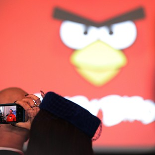 The Angry Birds mobile phone app is used by spy agencies to gain information on players, according to leaked documents