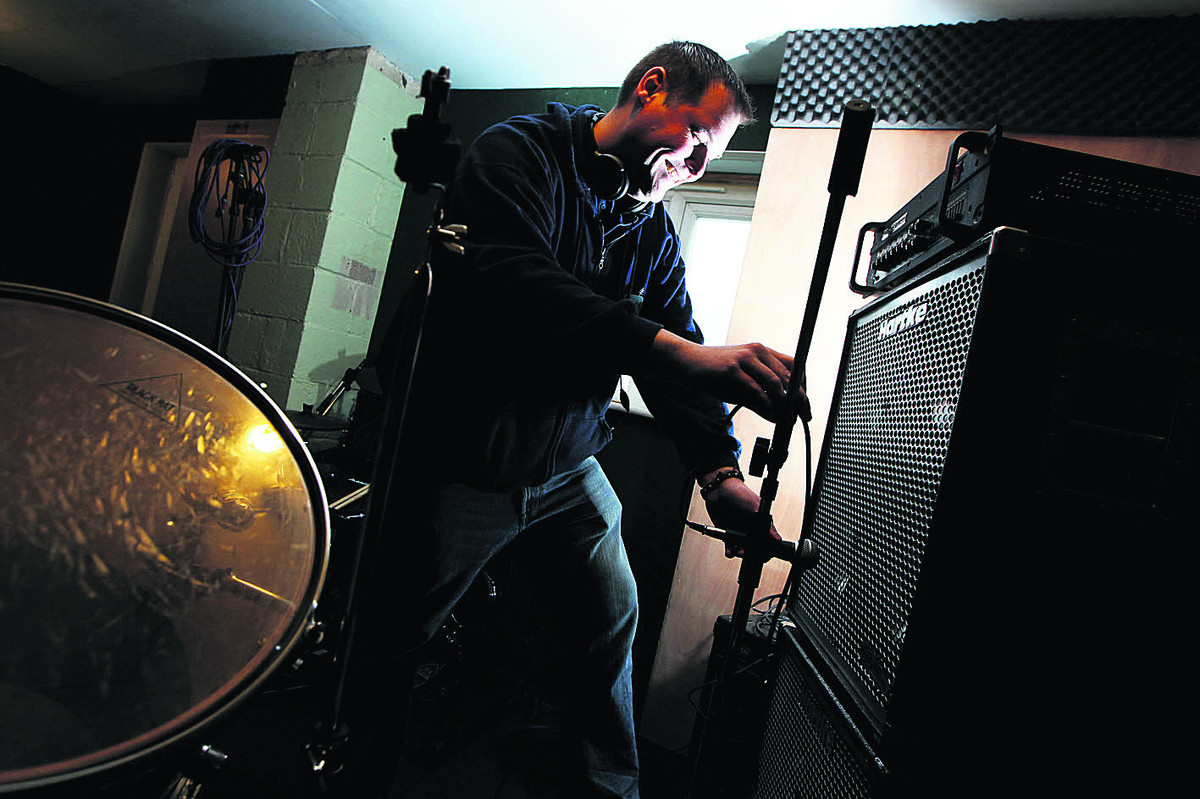 Gavin Hyatt sets up the recording room