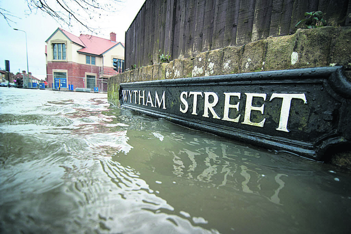 The water rises in Wytham Street