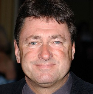 Alan Titchmarsh is bringing down the curtain on his chat show.