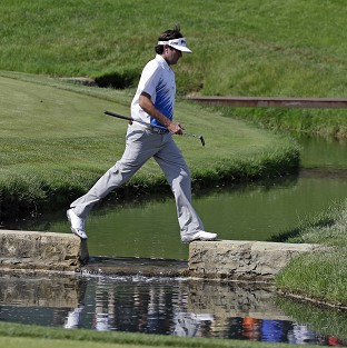 Bubba Watson leads in Ohio (AP)