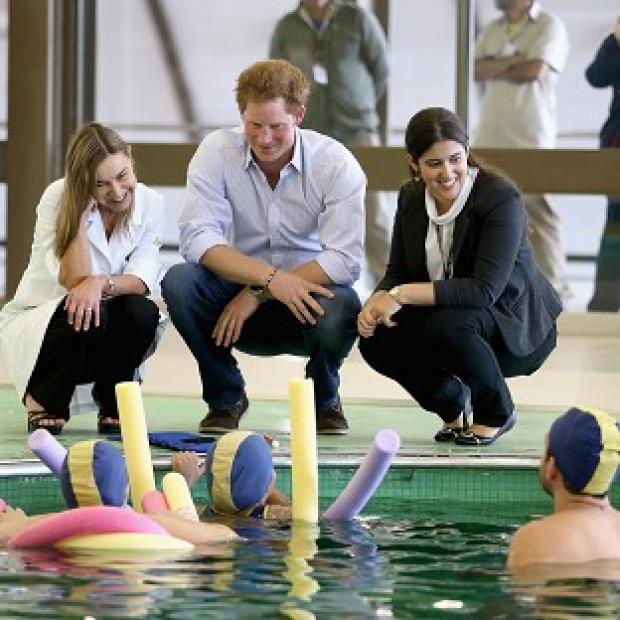 Banbury Cake: Prince Harry meets patients in the Rede Sarah Hospital for Nerological Rehabilitation injuries during his visit to the hospital in Brasilia