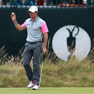 Rory McIlroy started his final round with a birdie