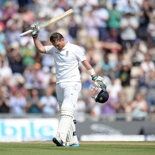 Ian Bell returned to form with a vengeance at the Ageas Bowl