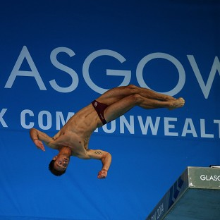 Tom Daley eased to gold in Edinburgh
