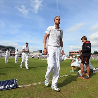Stuart Broad finished with six for 25 as India were dismi