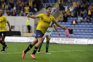 Oxford Utd 2 (Hylton 14, O'Dowda 75), Yeovil Tn 0