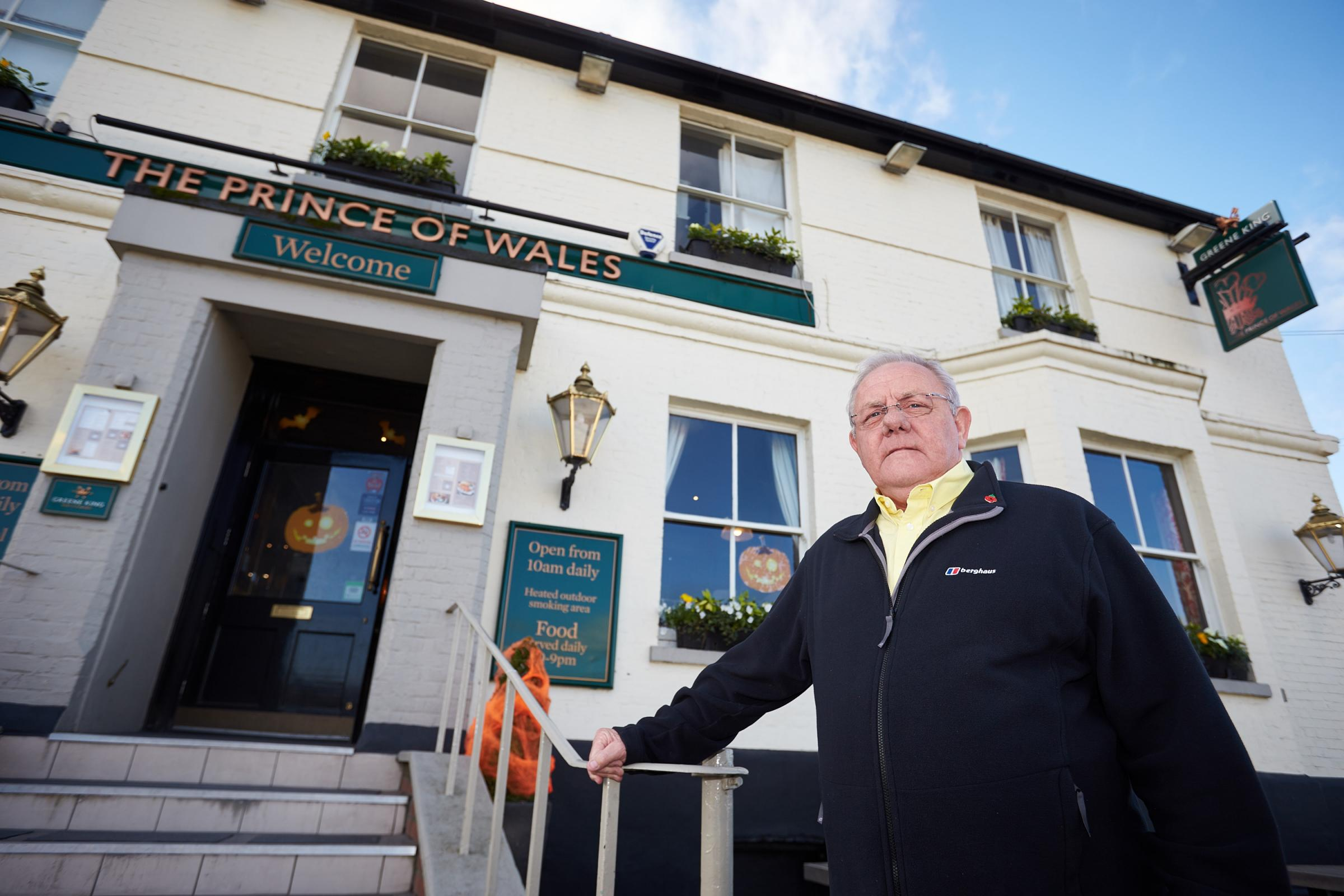 Councillor Bill Service standing outside the Prince of Wales pub in Didcot