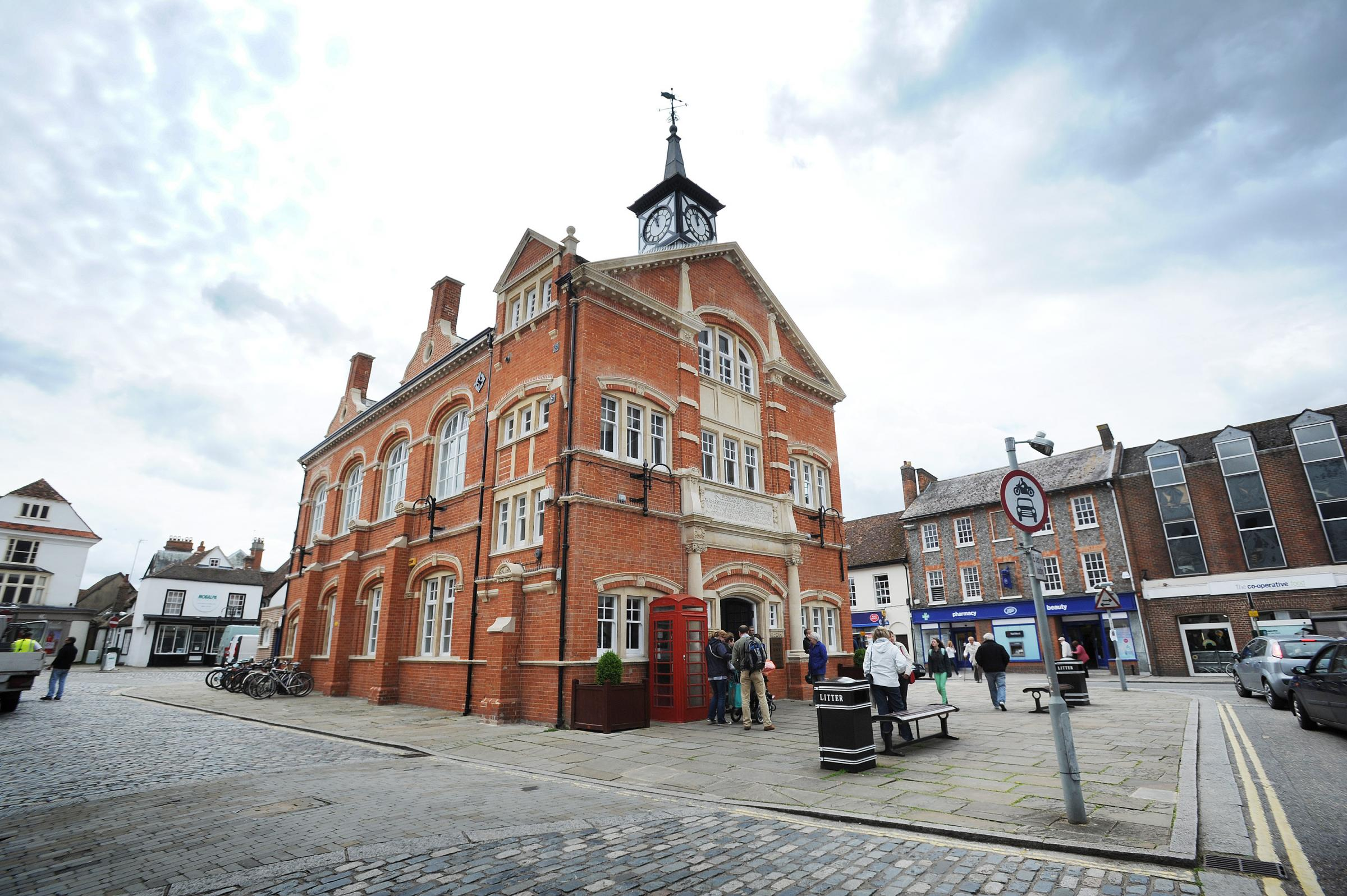 Councillors vote against new Tesco superstore for Thame