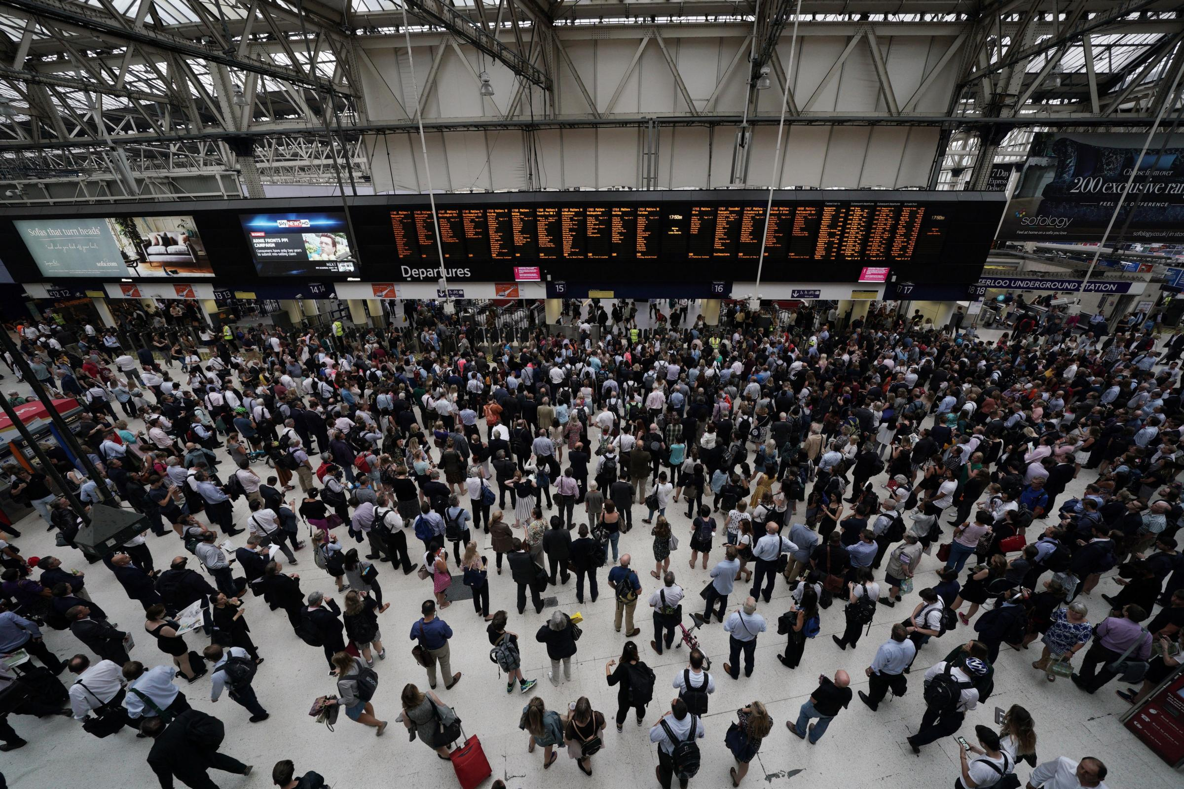 Commuting to and from work taking longer, TUC study suggests
