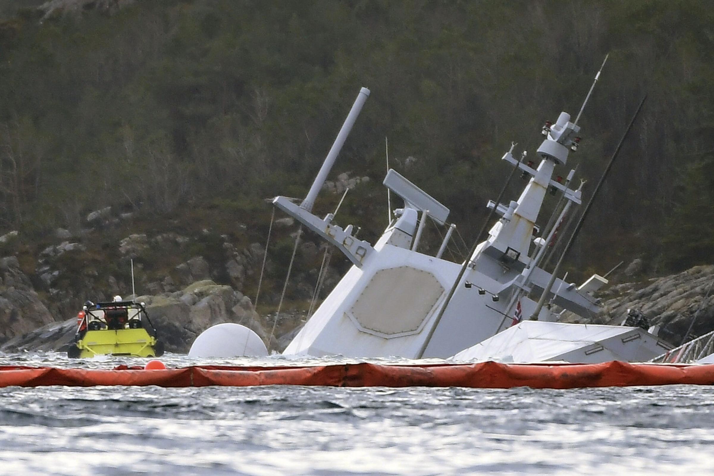 Norwegian frigate sinks after being rammed by tanker