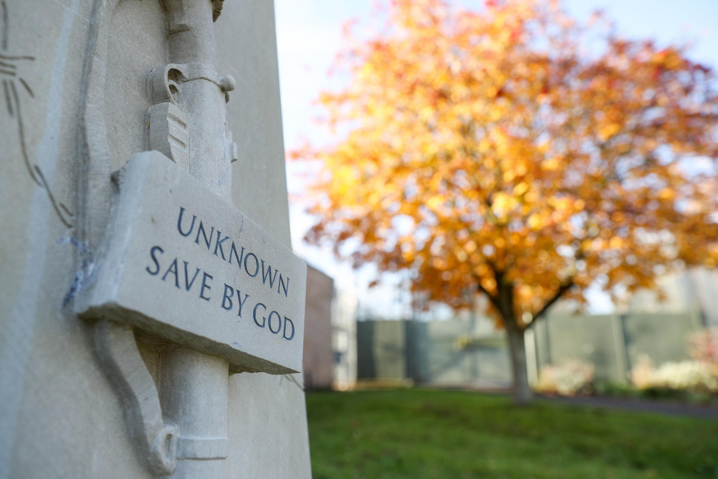 War memorial designed by prisoners is unveiled at Wiltshire jail