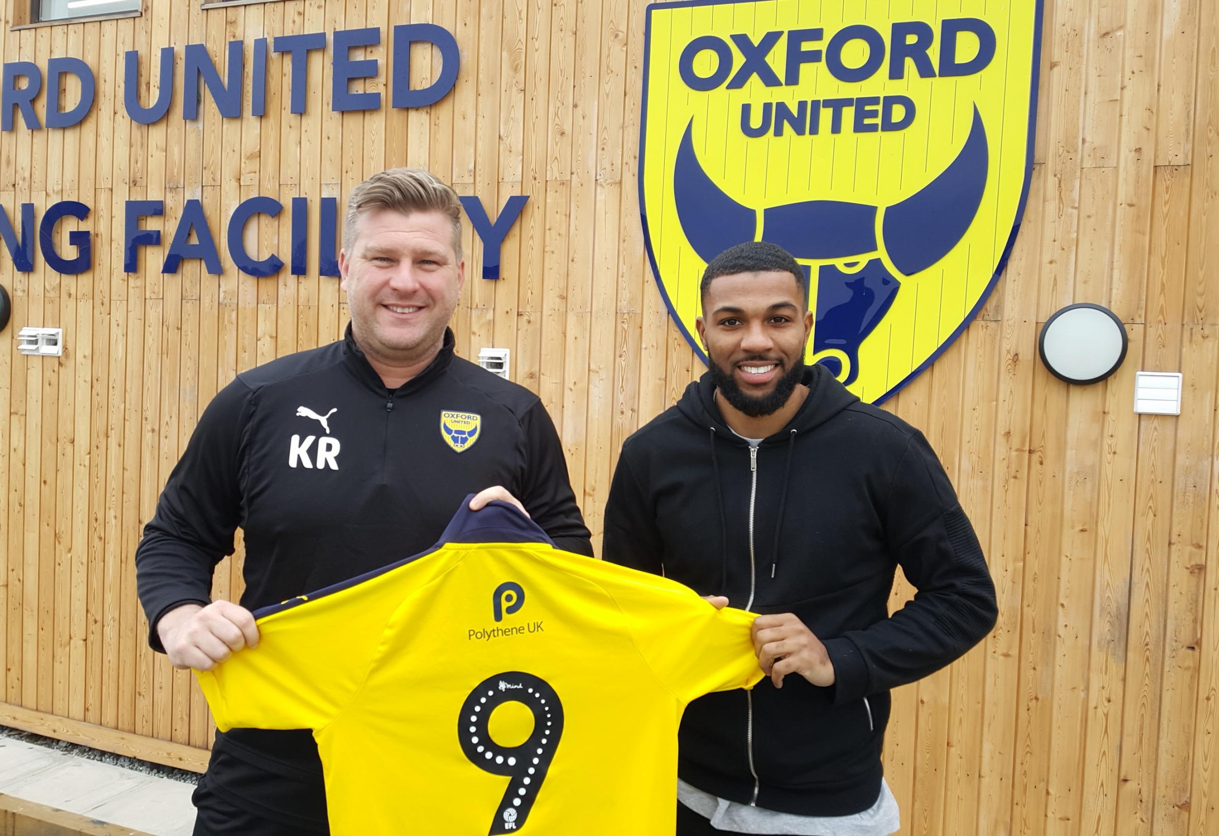 Jerome Sinclair at the Oxford United training ground this afternoon with head coach Karl Robinson