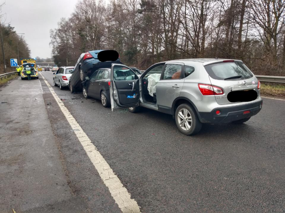 Horror crash on M40